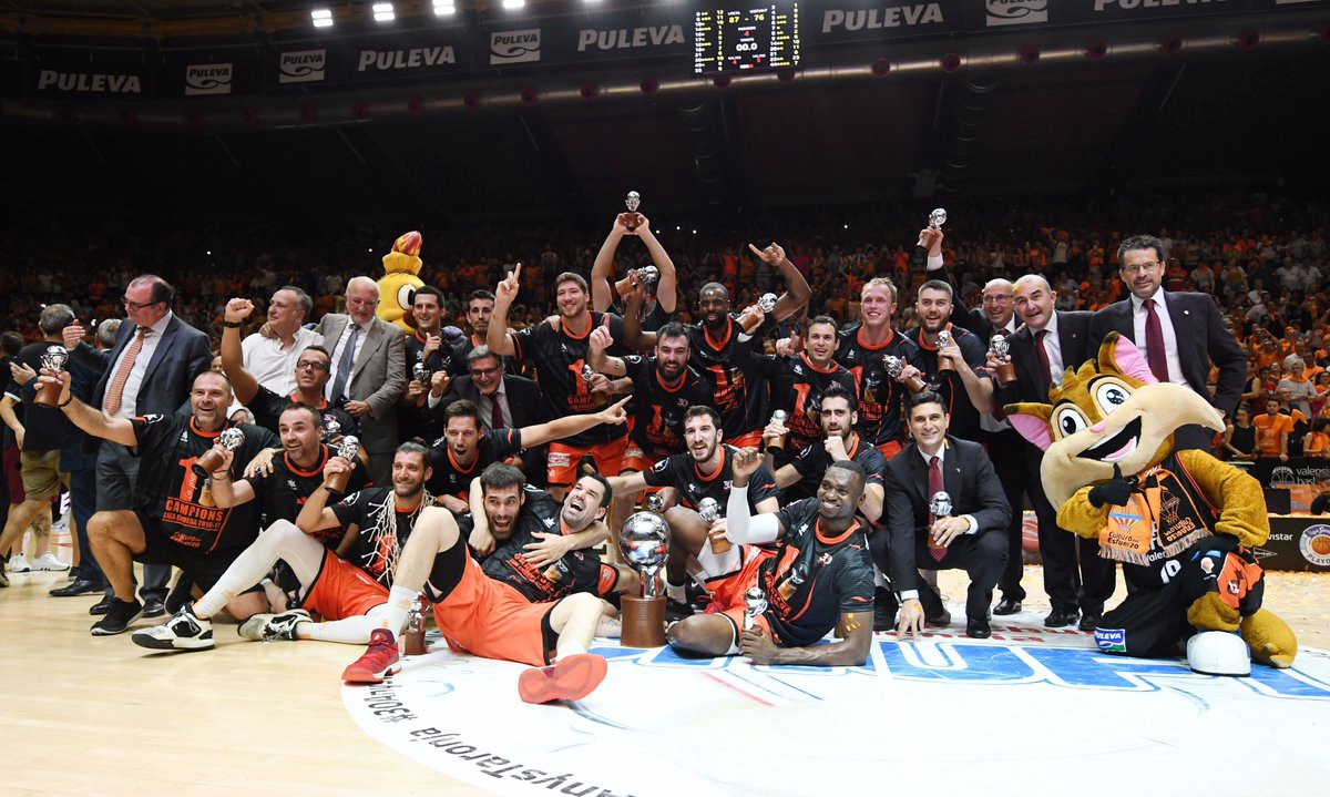 VALENCIA B.C. OFFENSIVE STYLE OF PLAY.  SPANISH ACB 2016./17. CHAMPIONS TO WIN EUROLEAGUE?